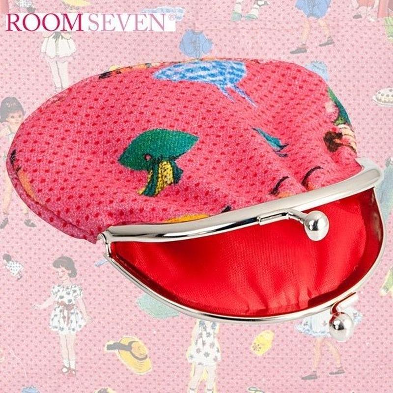 Room Sevenのガールドール柄がま口財布ポーチ(ピンク)