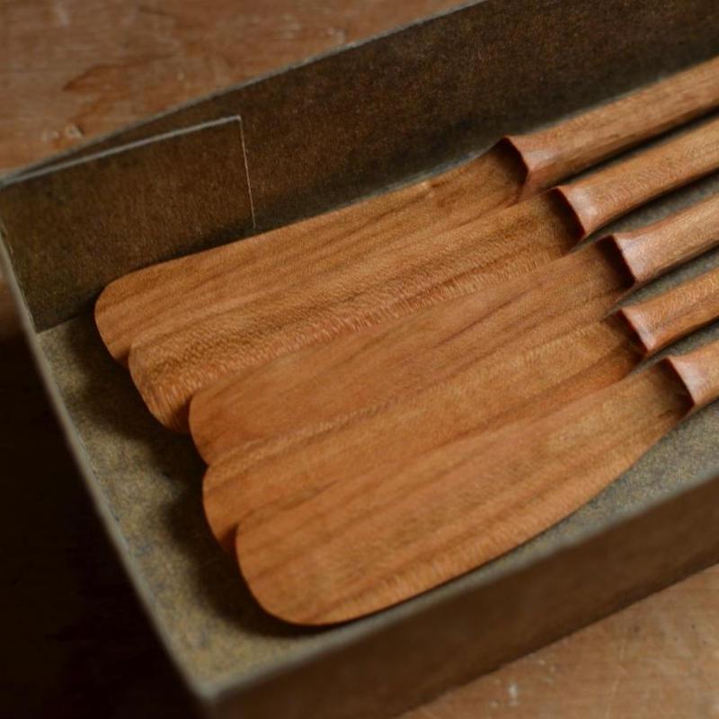 宮下敬史さん  山桜のバターナイフ (両利き用)