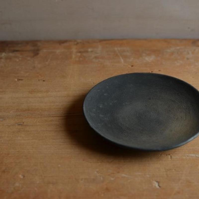 松本かおるさん 3寸皿 (2)