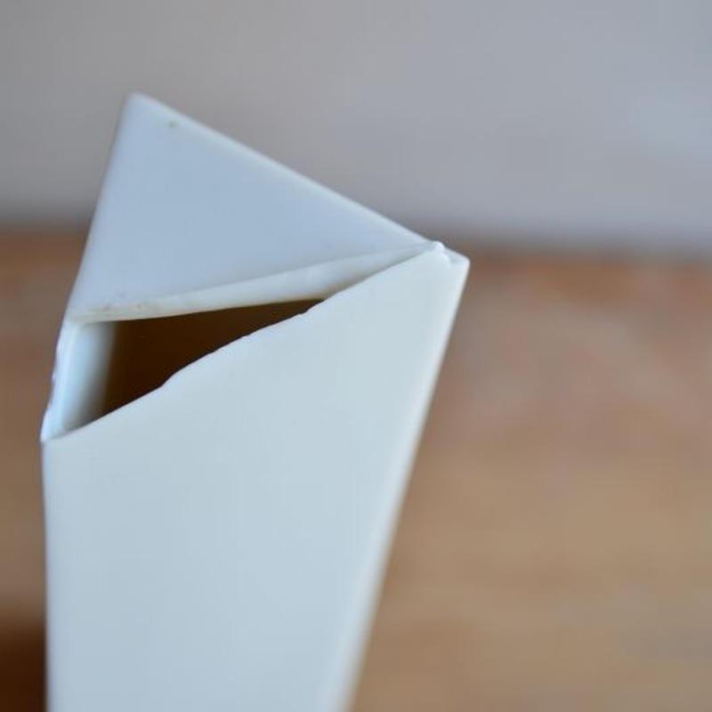 白石陽一さん 花器 三角柱