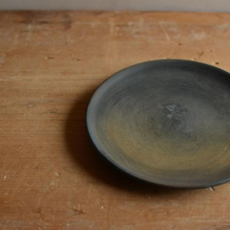松本かおるさん 4寸皿 (2)
