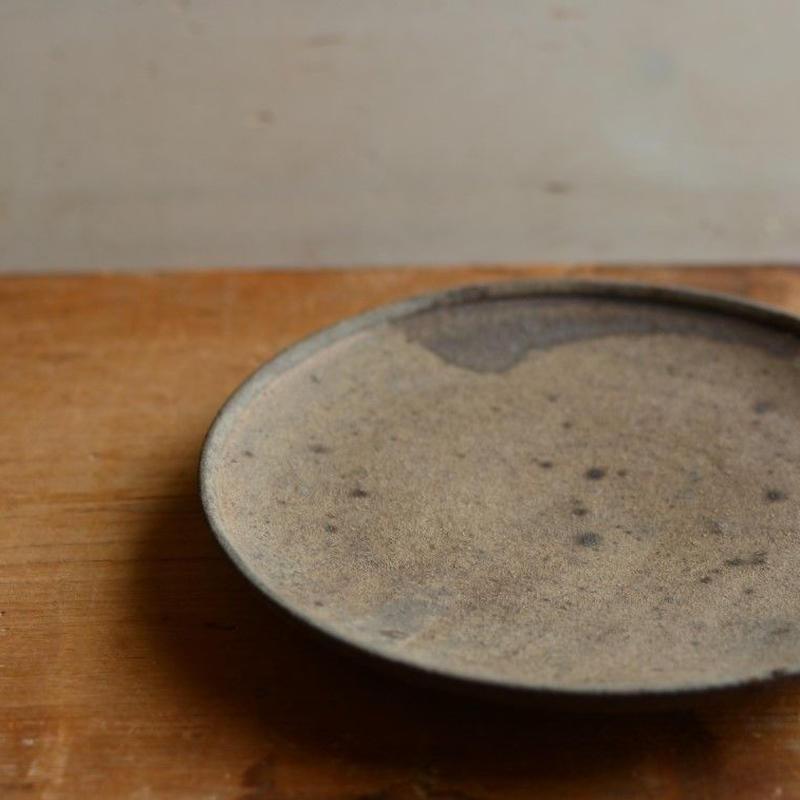関口憲孝さん  茶 5.5寸皿
