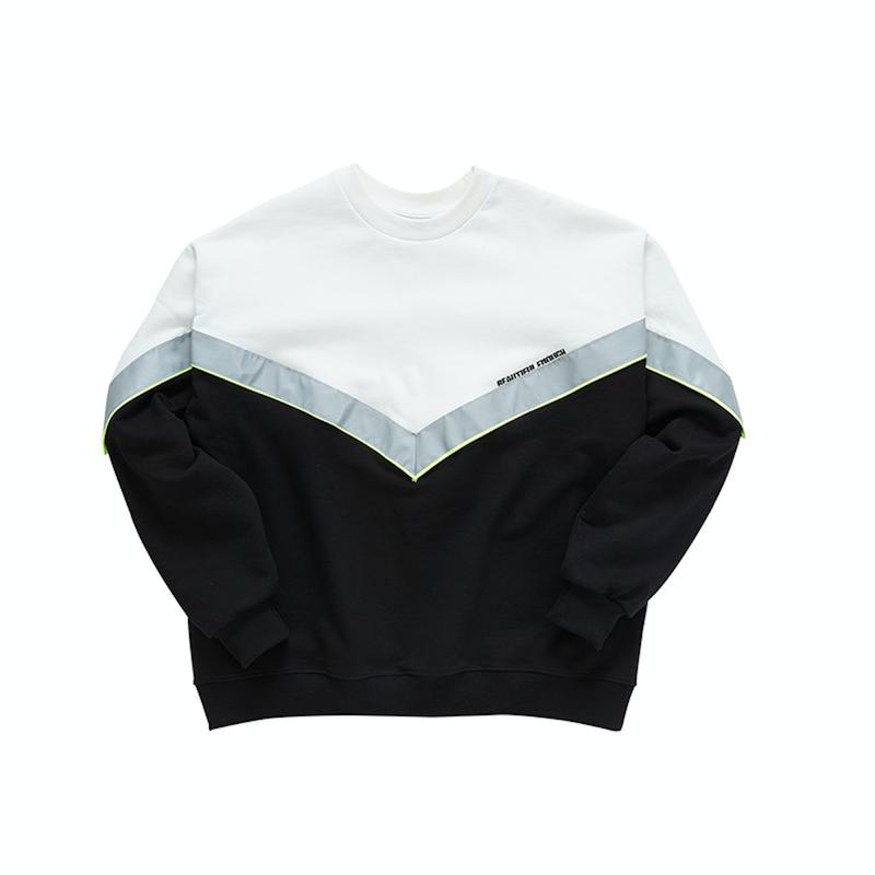 『Motivestreet』V-スコッチスウェットシャツ (Black)