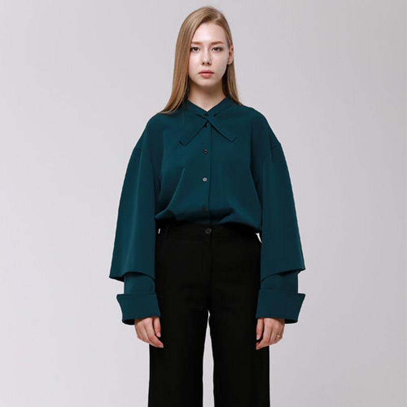 (注文製作) WunderGeist cape sleeve tieneck blouse (Green)