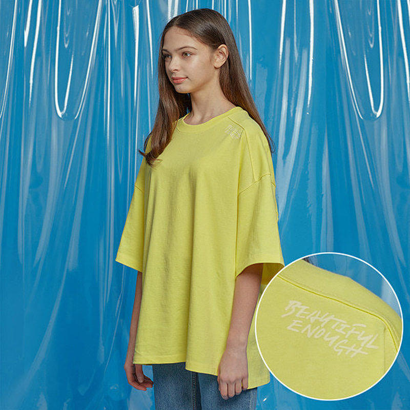 『Motivestreet』 ベンツピグメントオーバーサイズ Tシャツ (Yellow)