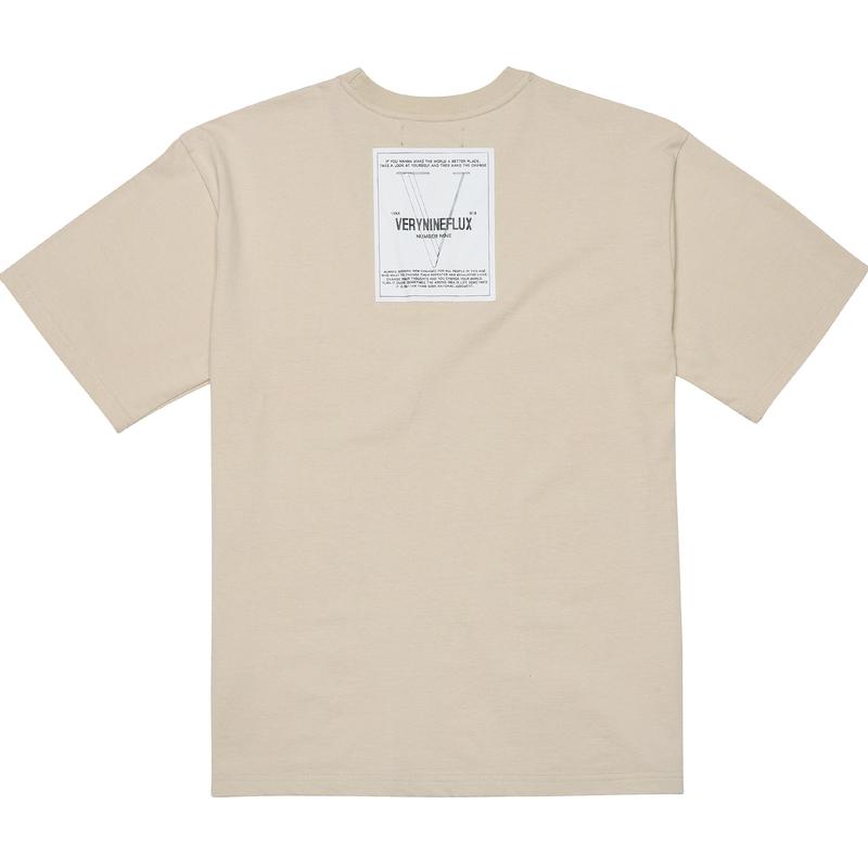 『Verynineflux』 ビハインド Tシャツ (Beige)