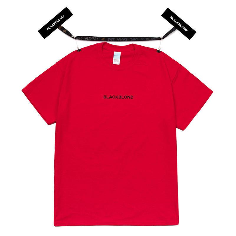 『BLACKBLOND』  オリジナルセンターロゴショーツスリーブ Tシャツ (Red)