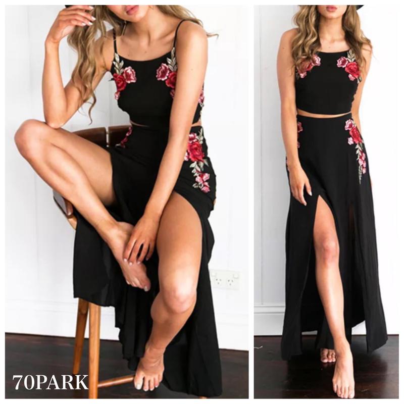 # Rose Embroidered 2 Piece Set -Black- フラワー 刺繍 セットアップ ブラック カバーアップ