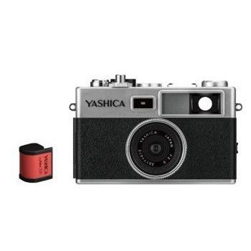 YASHICA digiFilm™ camera Y35  with  digiFilm 200 セット