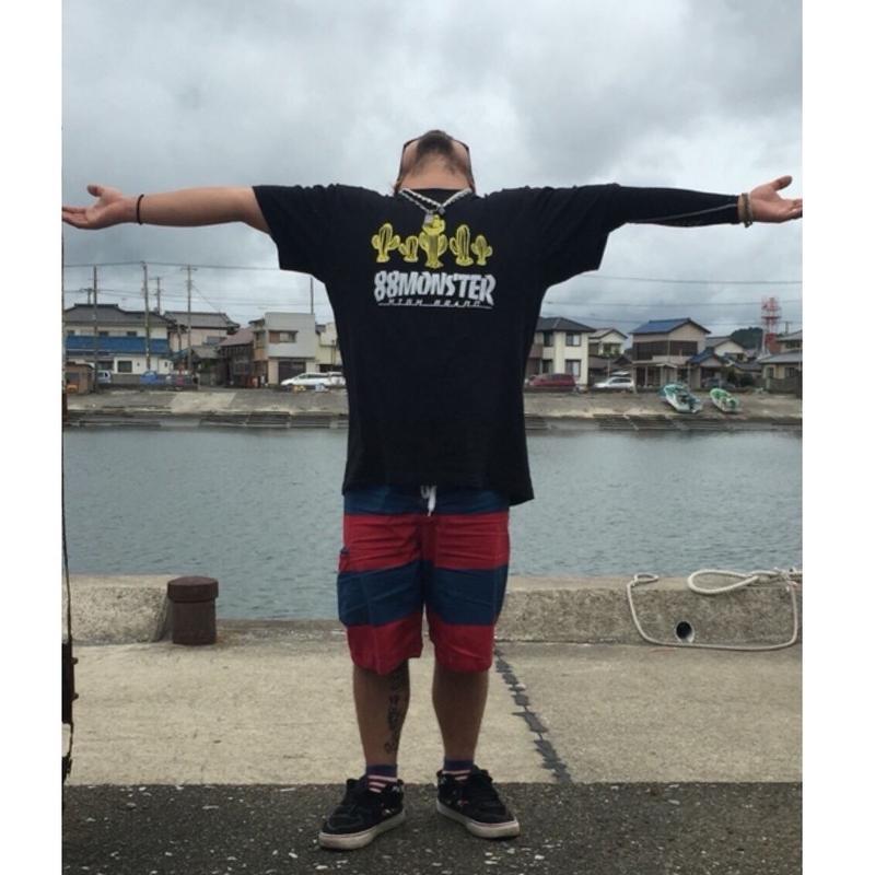 SABOTEN Tシャツ黒/黄