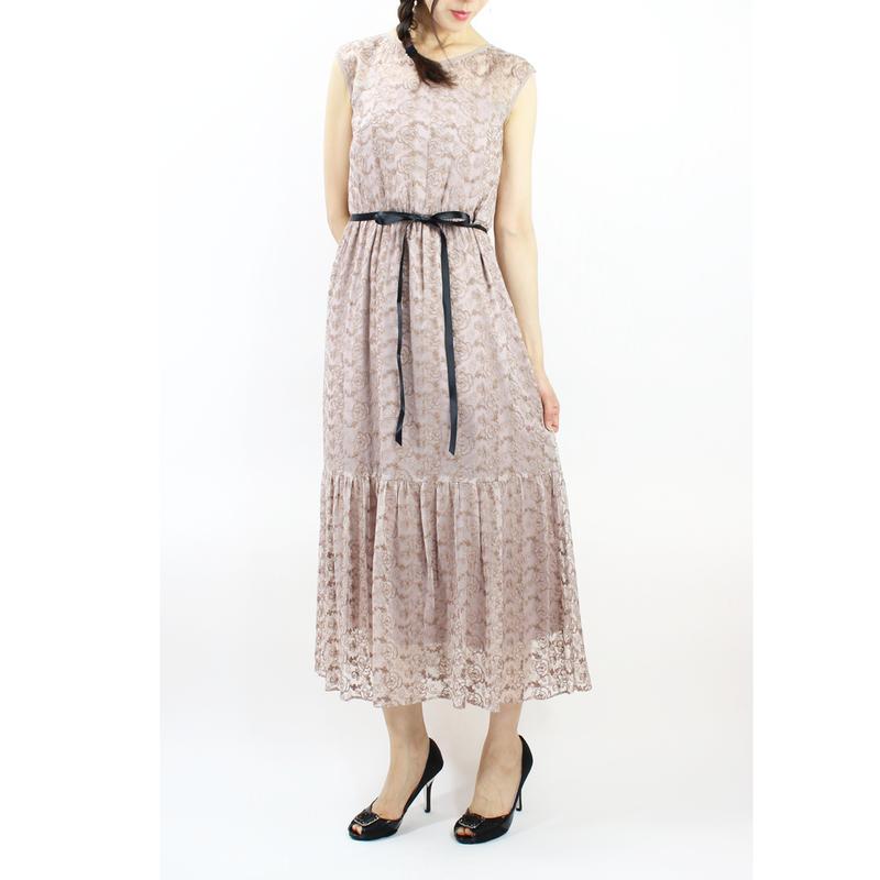 シルク混刺繍レースティアードドレス