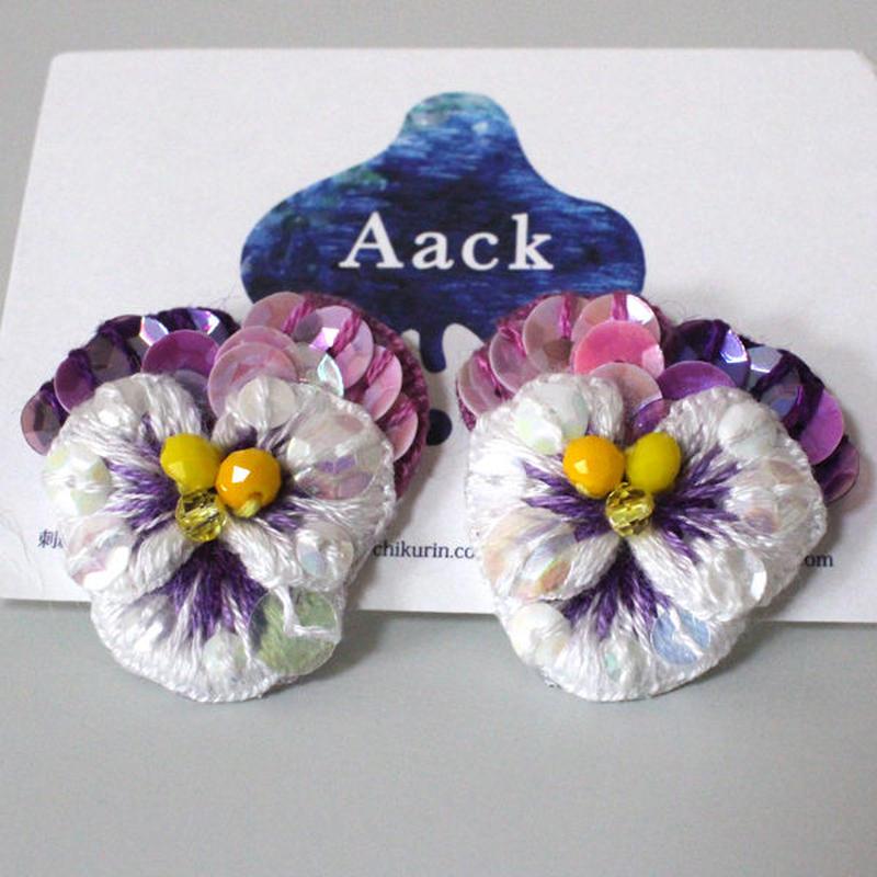 白色×紫ビオラピアス3