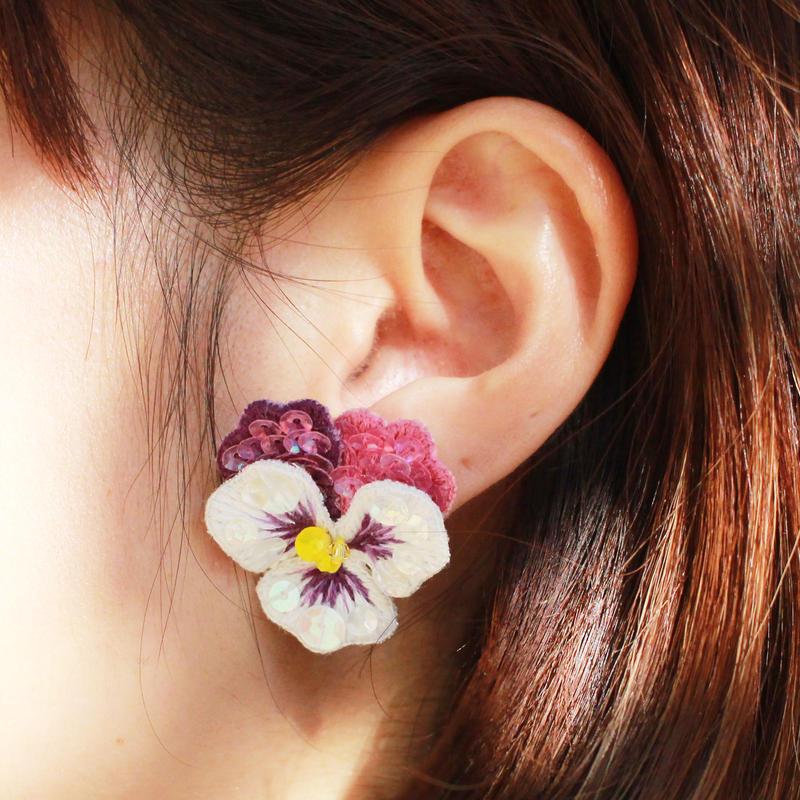 ビオラ白×紫 イヤリング