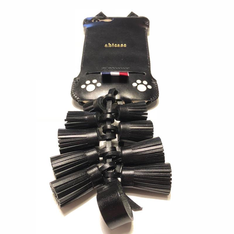 【1点物】iPhone8用ふさふさ黒猫リボンウォレットジャケット