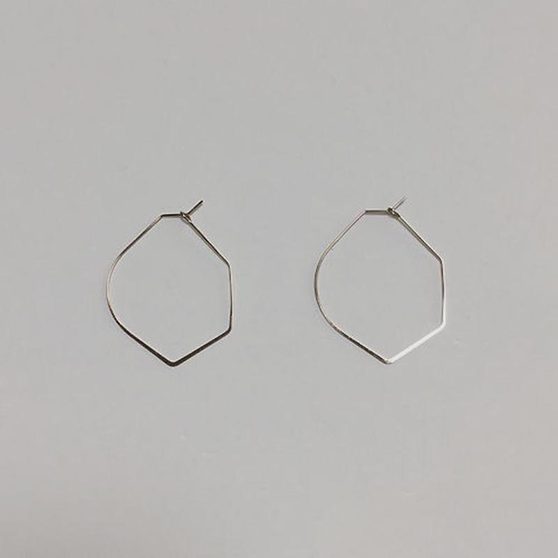 shape wire pierced earrings