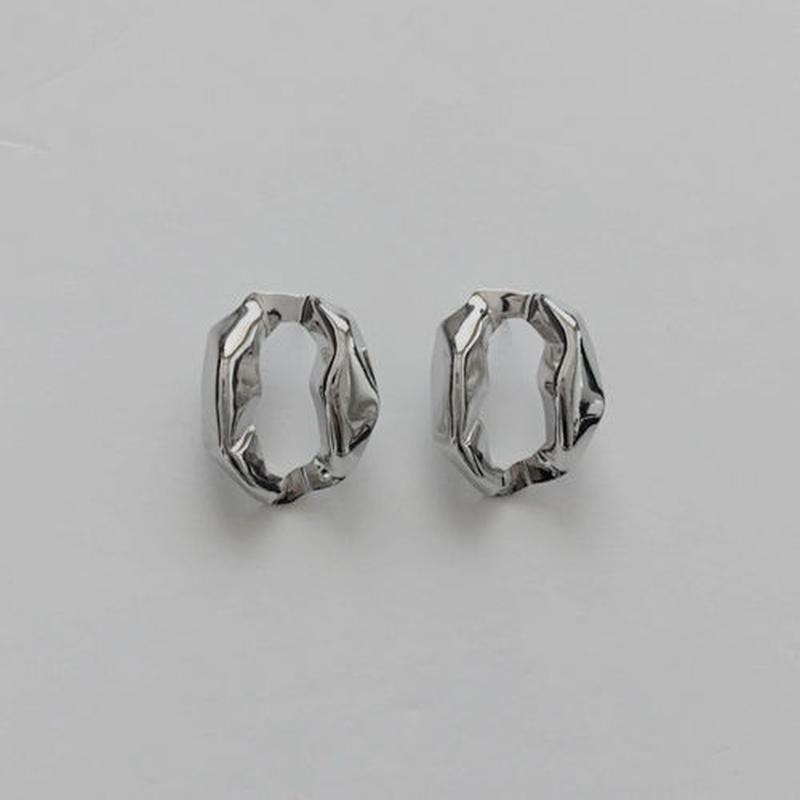 paper shape pierced earrings
