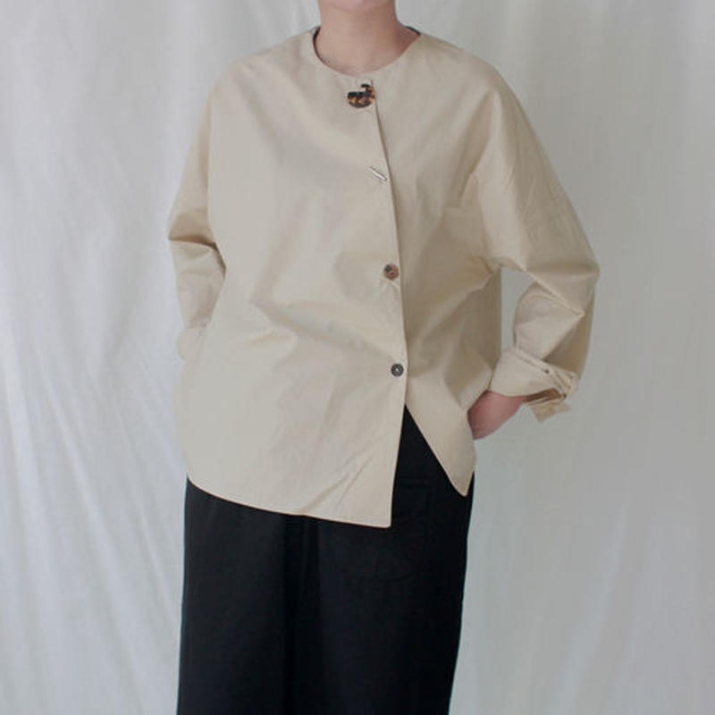 -2 colors- minimal concept blouse