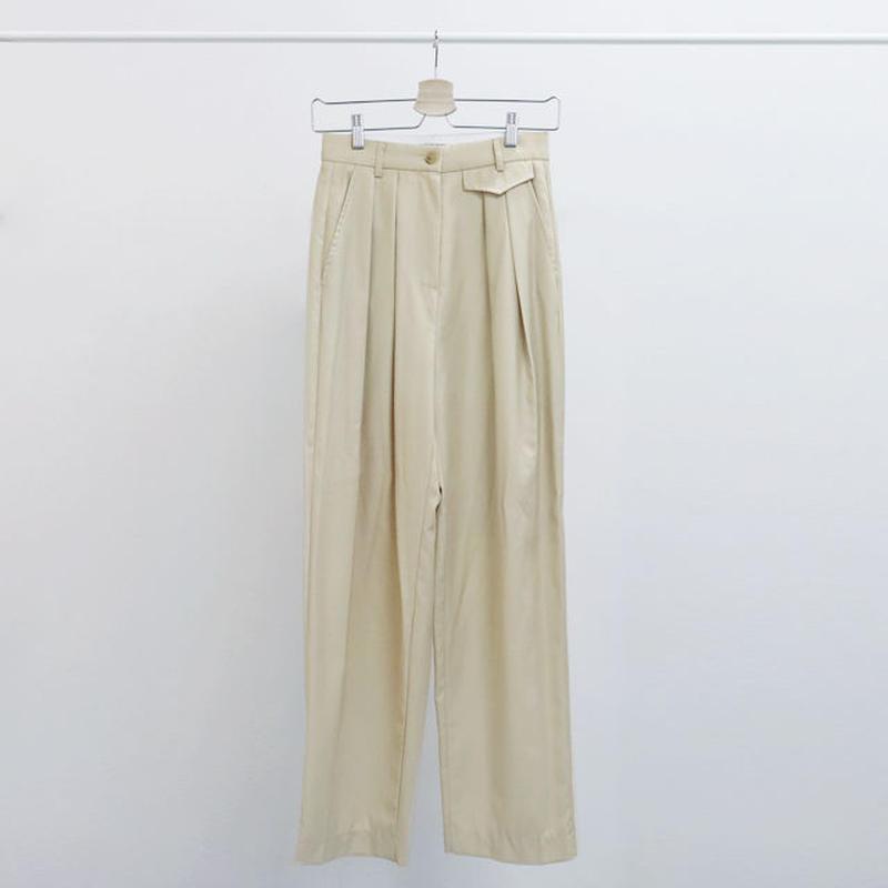 [ NO SALE ] volume tuck pants