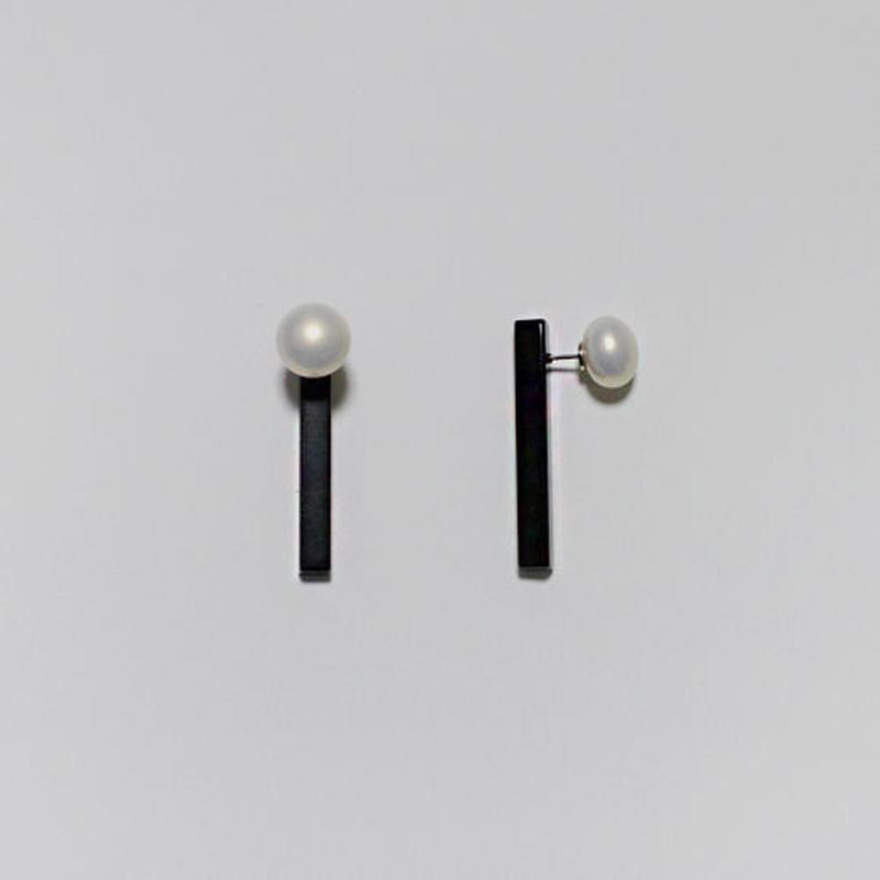 pearl x stick pierced earrings