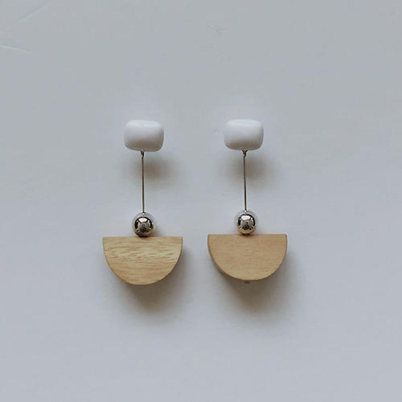 wood symbol pierced earrings