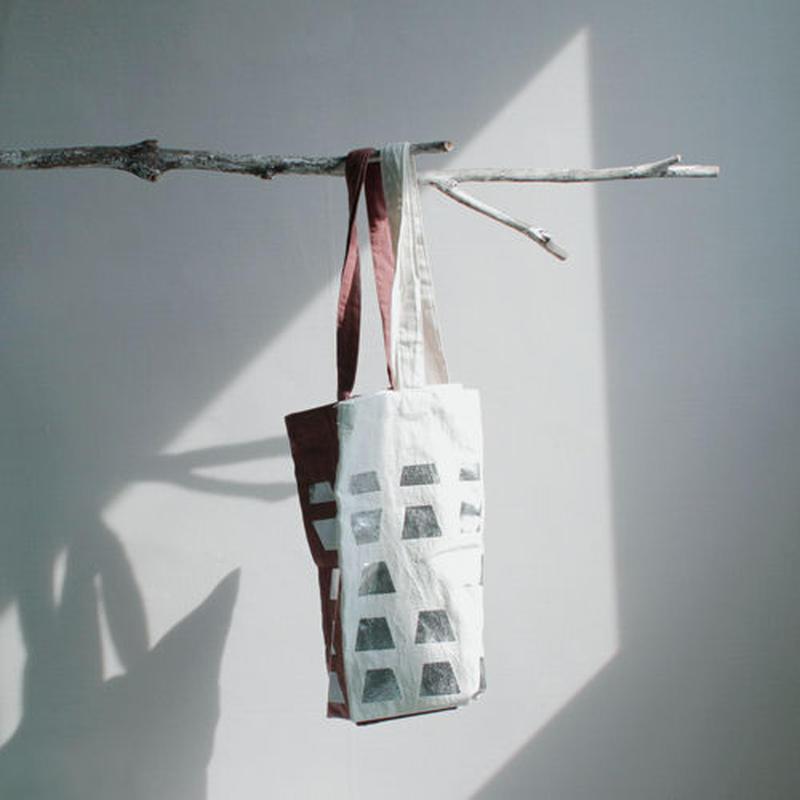 haku printed tote bag