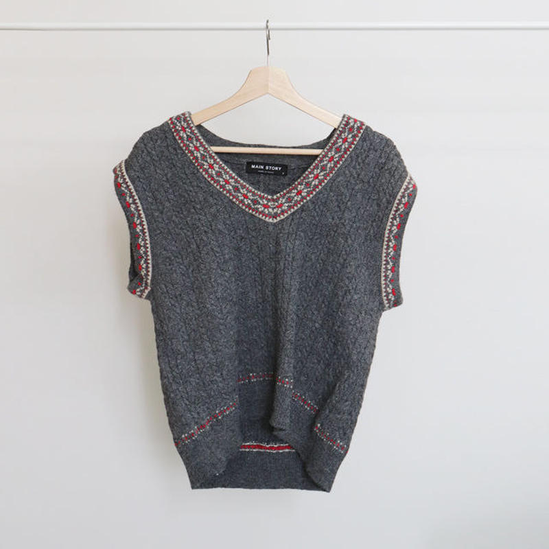 [ sample SALE ] over fit cozy knit vest