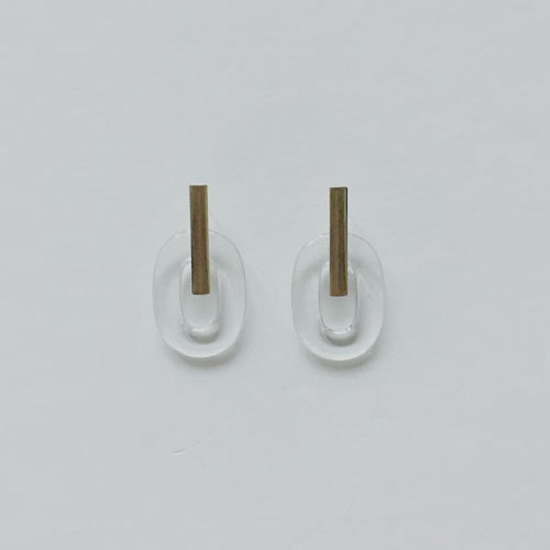 clear oval pirced earrings