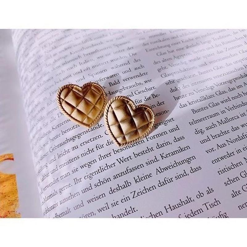vintage heart  pierce/earring