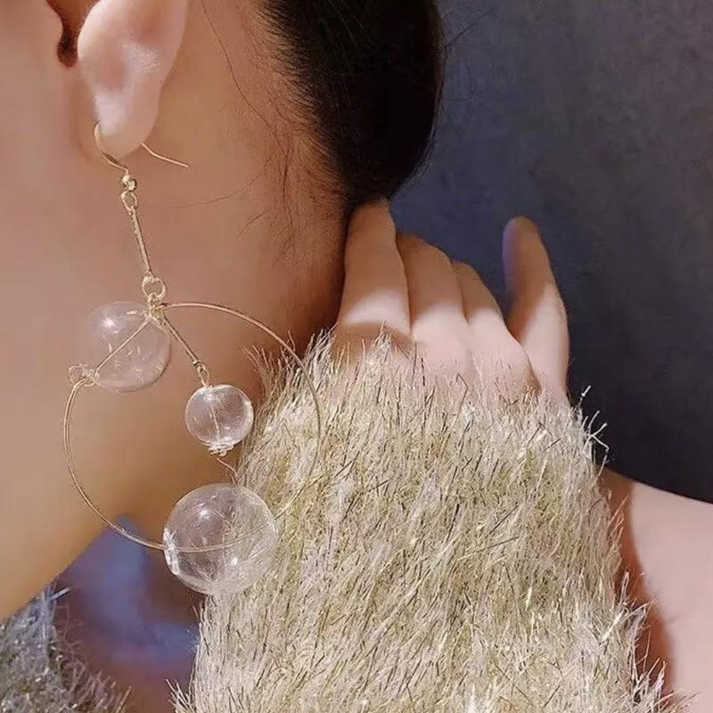 soap bubble hoop  pierce