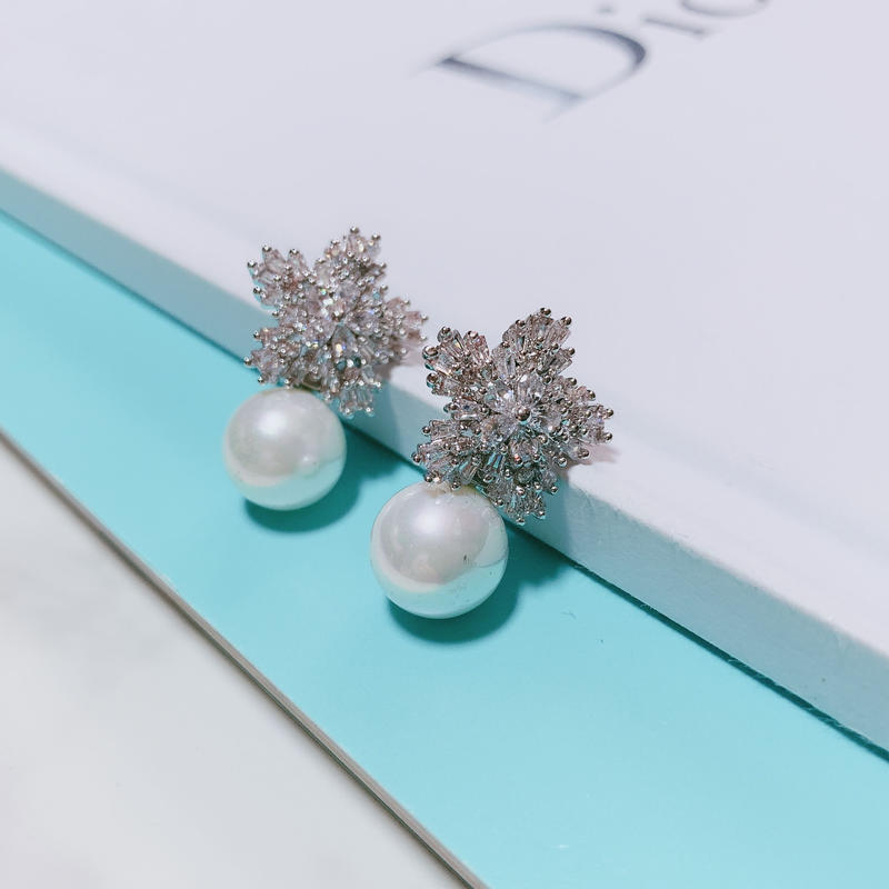 flower×pearl pierce