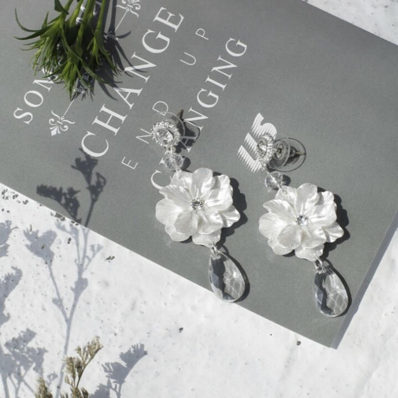 flower × clear drop pierce