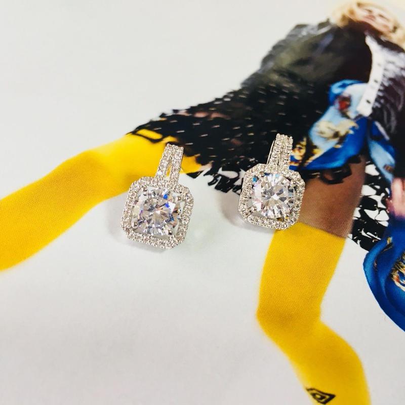 square  diamond pierce