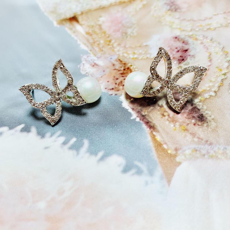 butterfly×Pearl pierce