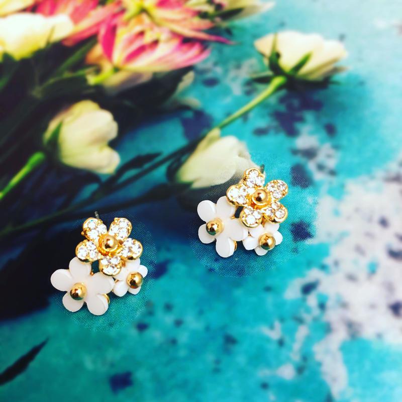 bunch flowers pierce