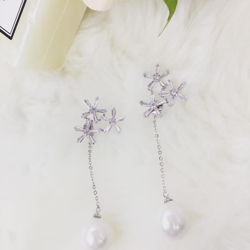 flower perl chain pierce