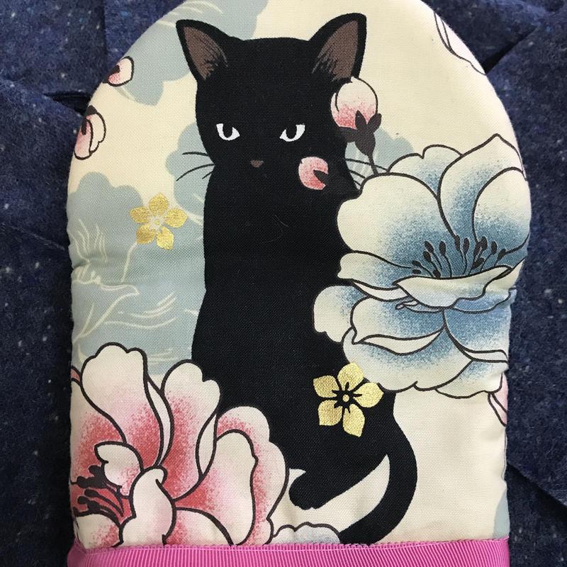 にゃべつかミトン✴︎黒猫✴︎