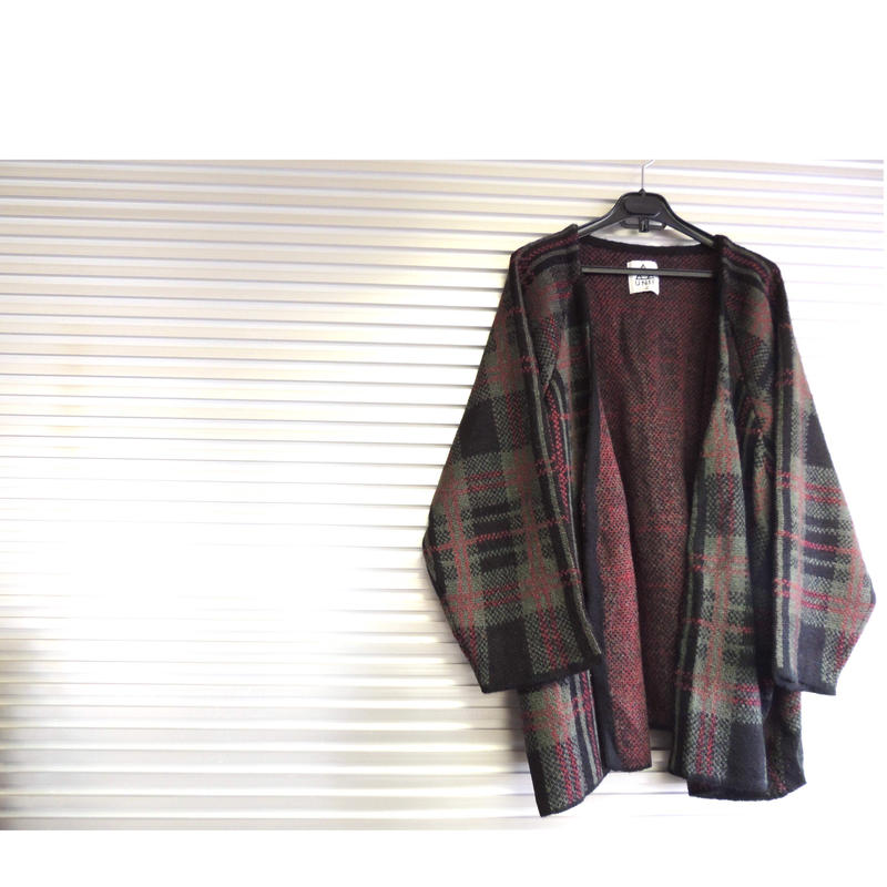 Plaid knit cardigan   /  UNIF