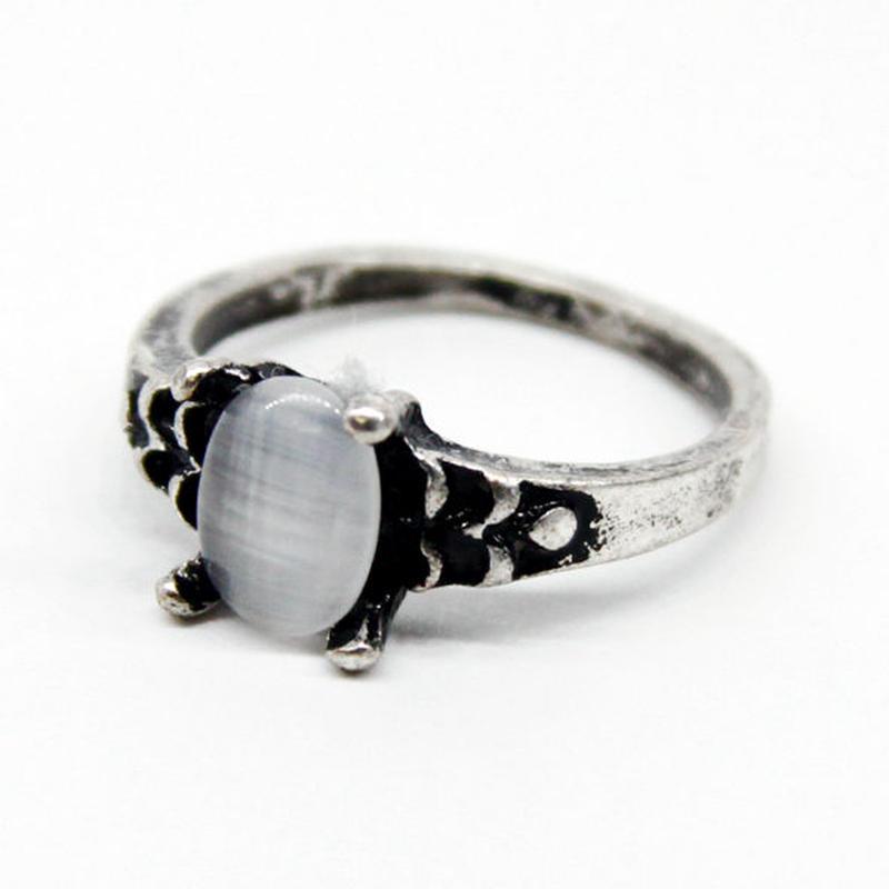White Stone Ring 1