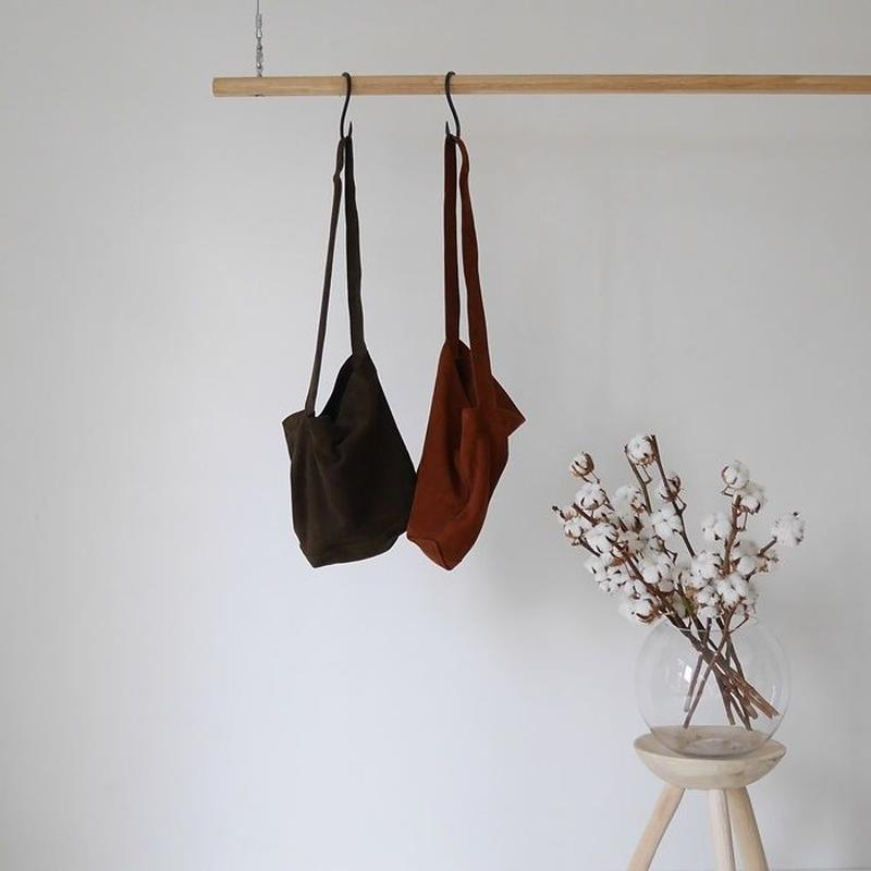 GOAT SKIN MODERATE BAG