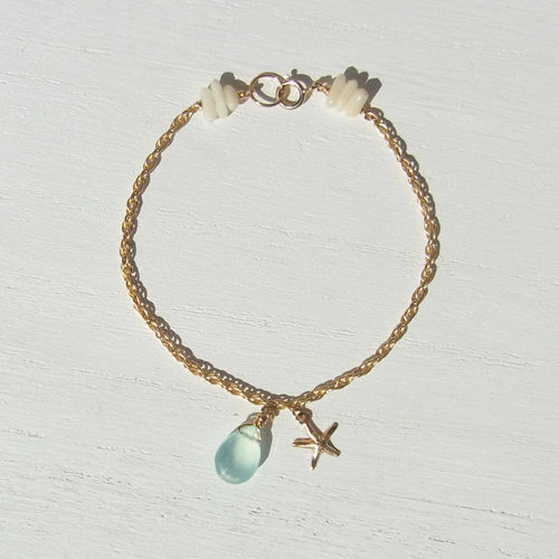 Light blue Chalcedony Bracelet