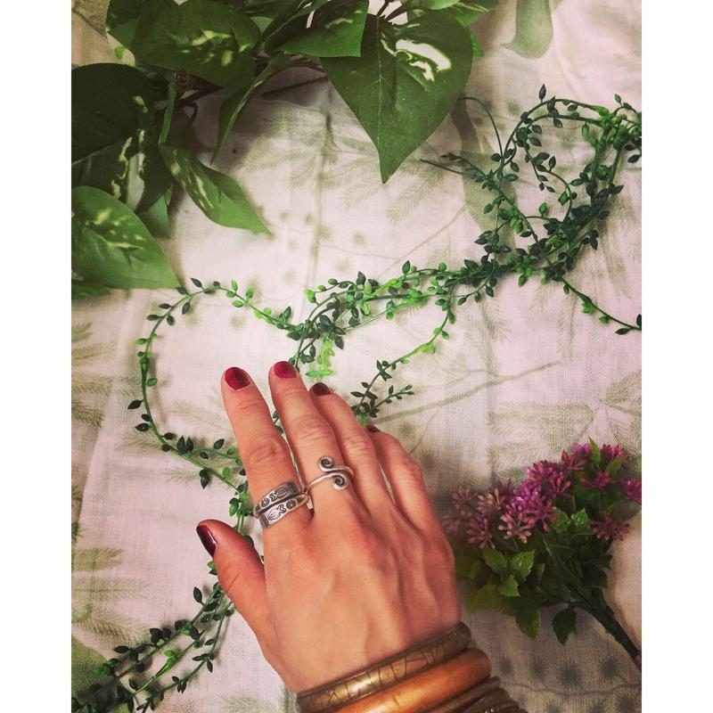 カレンシルバーfish ring