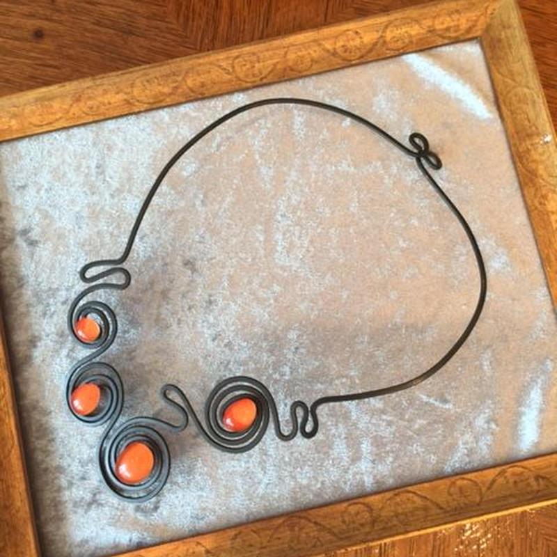 THR(テーアチェエレ)オレンジネックレス(THR-COL-041)