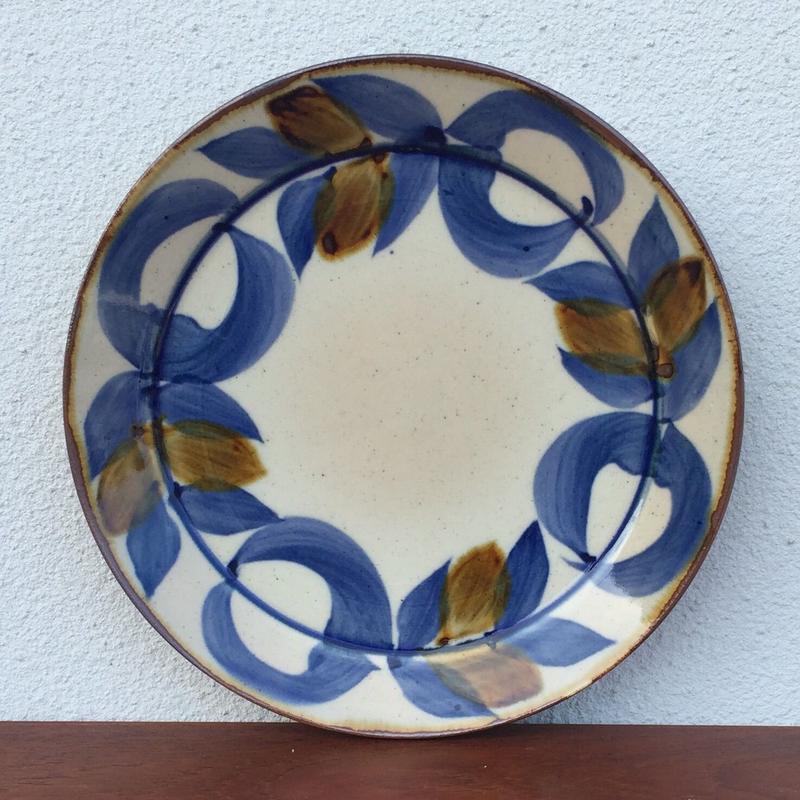 藍ブルー染付プレート  草花紋