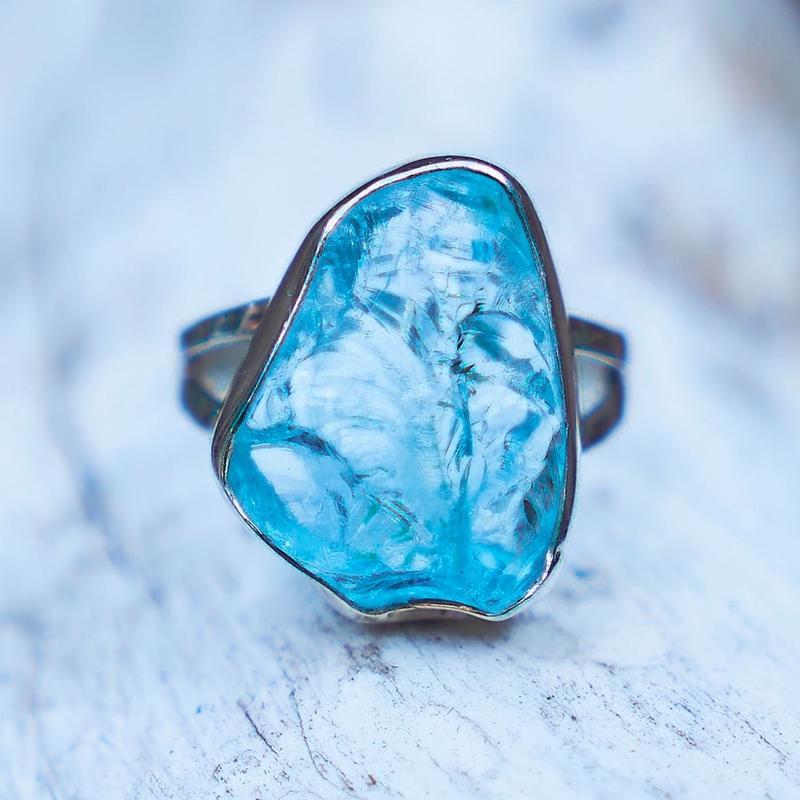 Nami様 売約済み Aquamarine Ocean Blue WÃVY jewelry