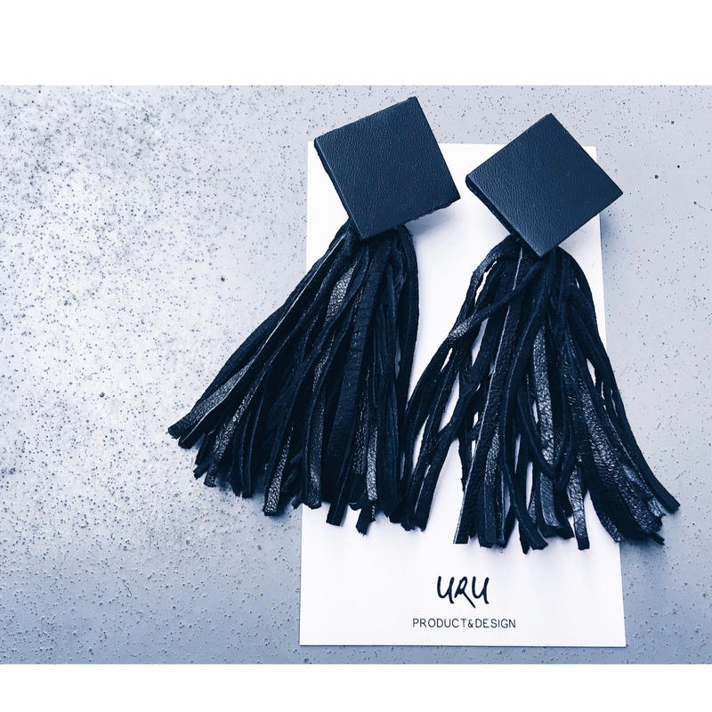 Leather Tassel Charm Earrings ◇