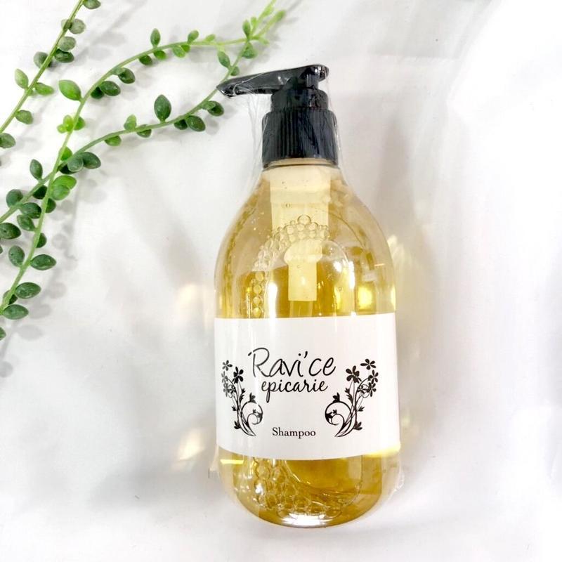 エピカリエ ラヴィースシャンプー 300ml (epicarie Ravi'ce shampoo)