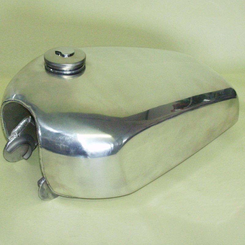フラットサイドアルミタンク 品番1500A