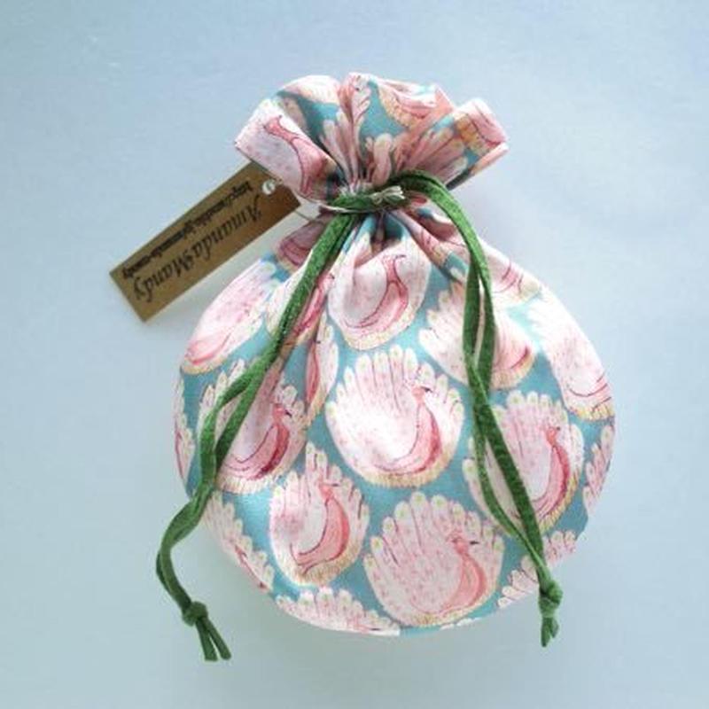 リバティキャンディ巾着・ピーコックオブグランサムホール・ピンク