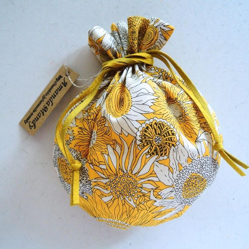 キャンディ巾着・リバティ・スモールサス・イエロー(リボンイエロー)(お客様レビューあり)