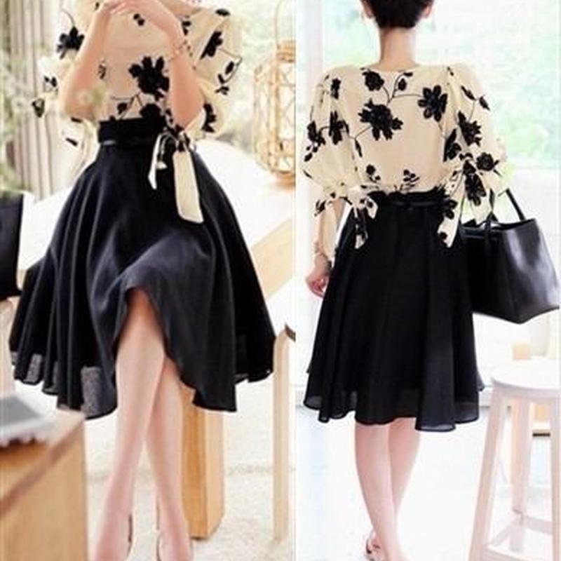 花柄刺繍ブラウス+フレアスカートセットアップ 韓国ファッション